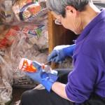ペットボトルリサイクルのための作業